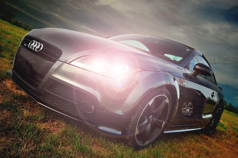 Audi TT by John Pettigrew