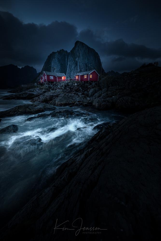 Moody night in Lofoten by Kim Jenssen