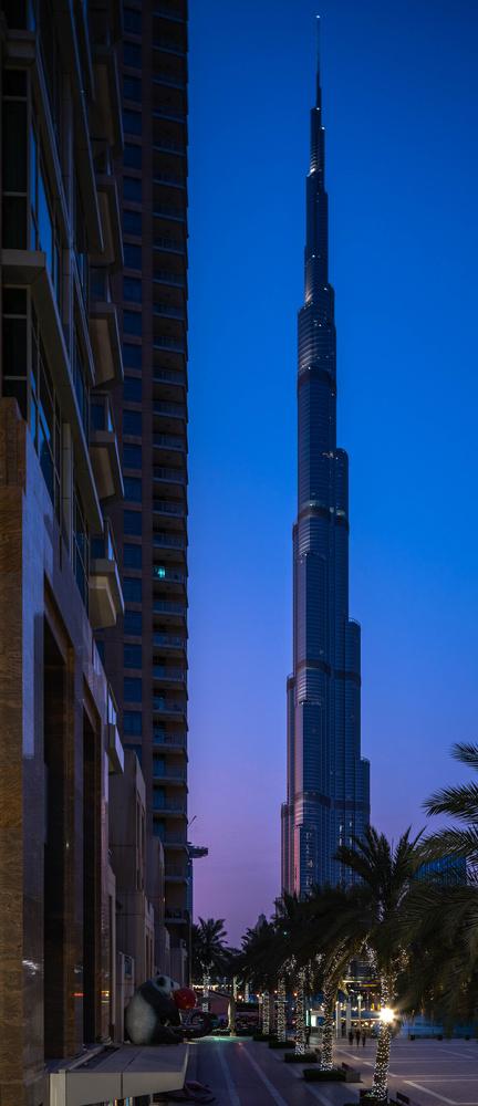 Burj Khalifa dusk by ray phillips