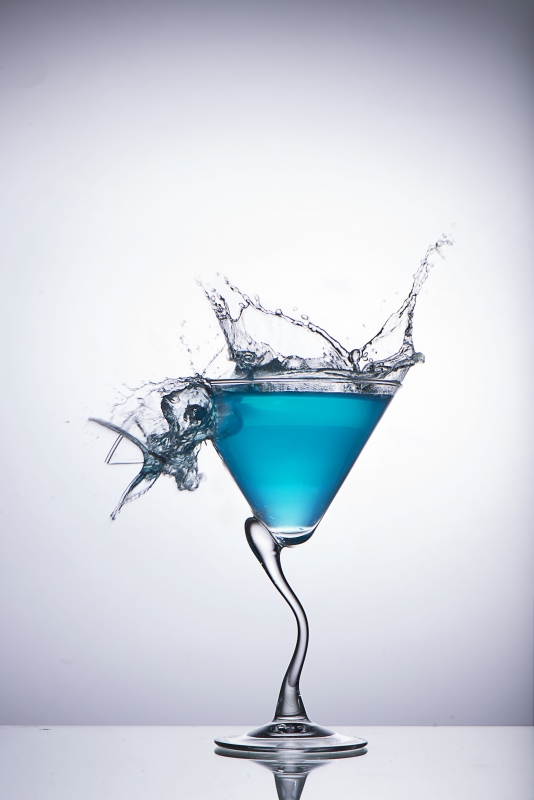 Splash Photography - Broken glass by Nasri Saade