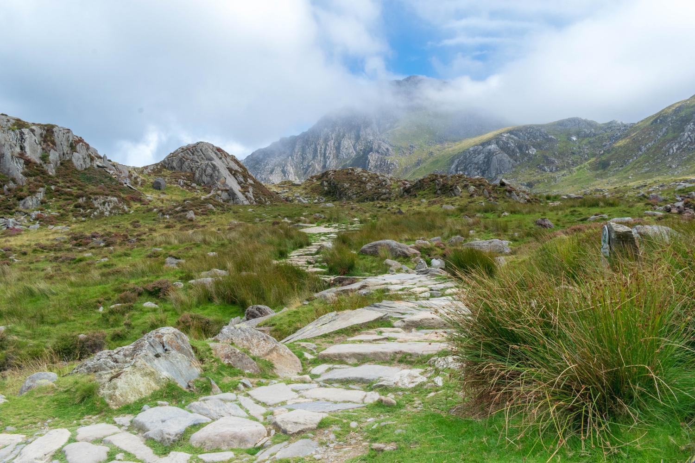 Llyn Ogwan Mountain Trail by Steven Clough
