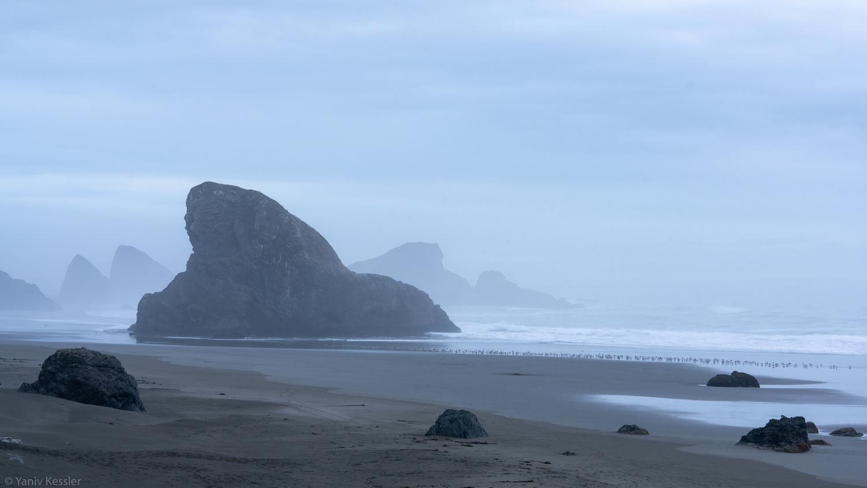 Stormy Oregon Coast by Yaniv Kessler