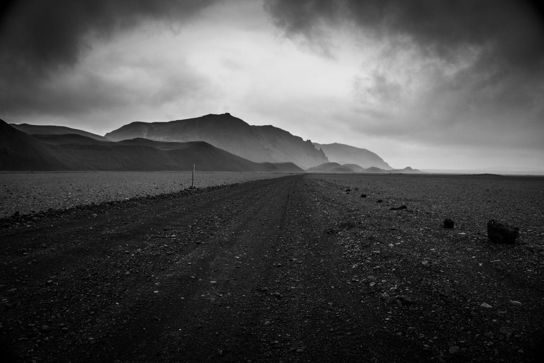 Desert road by Jon Heidar Runarsson