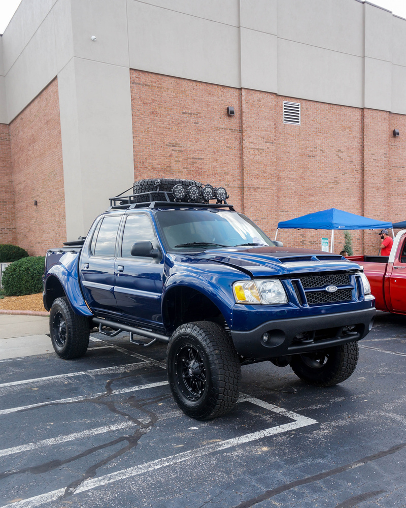 Lifted ford explorer sport trac