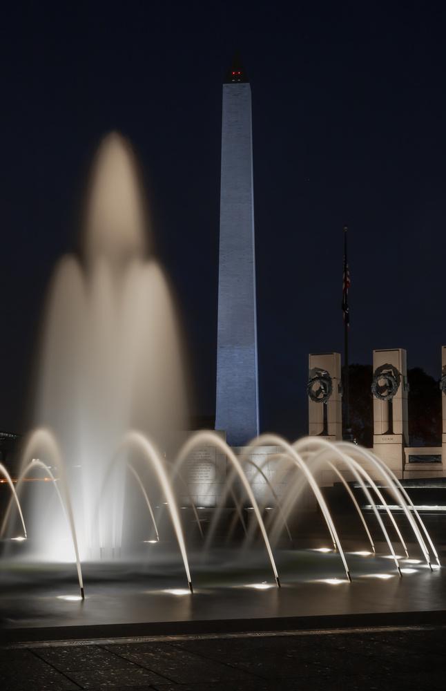 Washington Momument at Night by John Promes