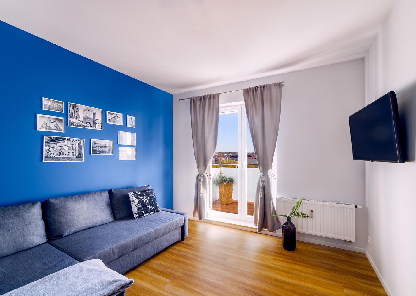 Tiny apartment/room by Tom Piaf