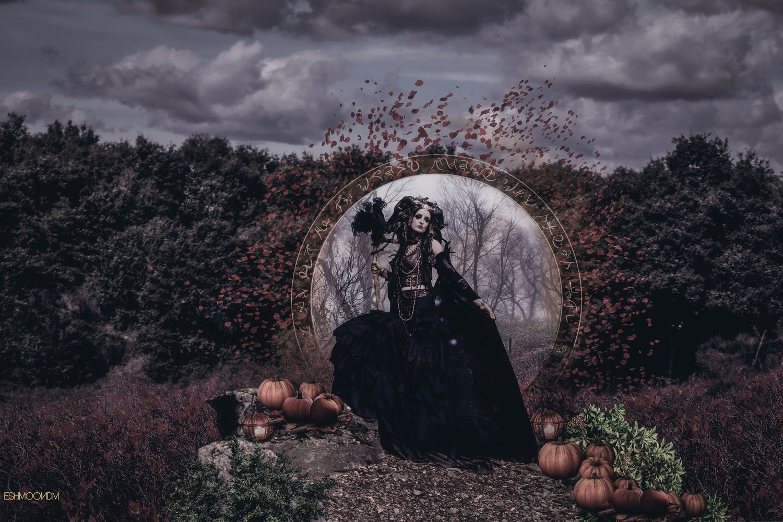Autumn Witch by Antonella Di Mattei