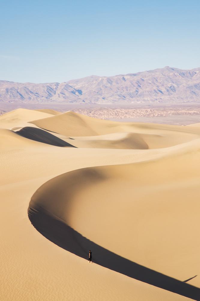 Mesquite flat sand dunes by Florian Mauduit