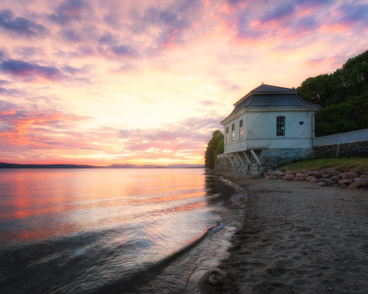 Boat house by Mikkel Nordbæk