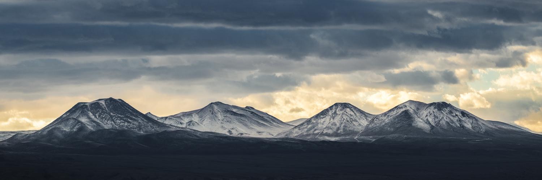 Aube enneigée dans le désert d'Atacama by Rémi Carbonaro