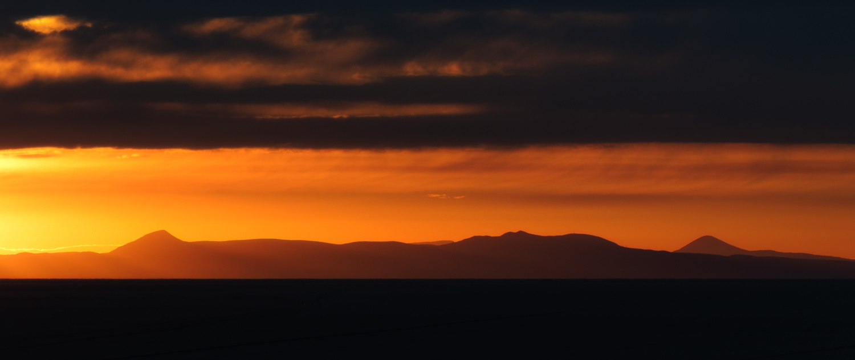 Lever de soleil sur le Salar de Uyuni by Rémi Carbonaro
