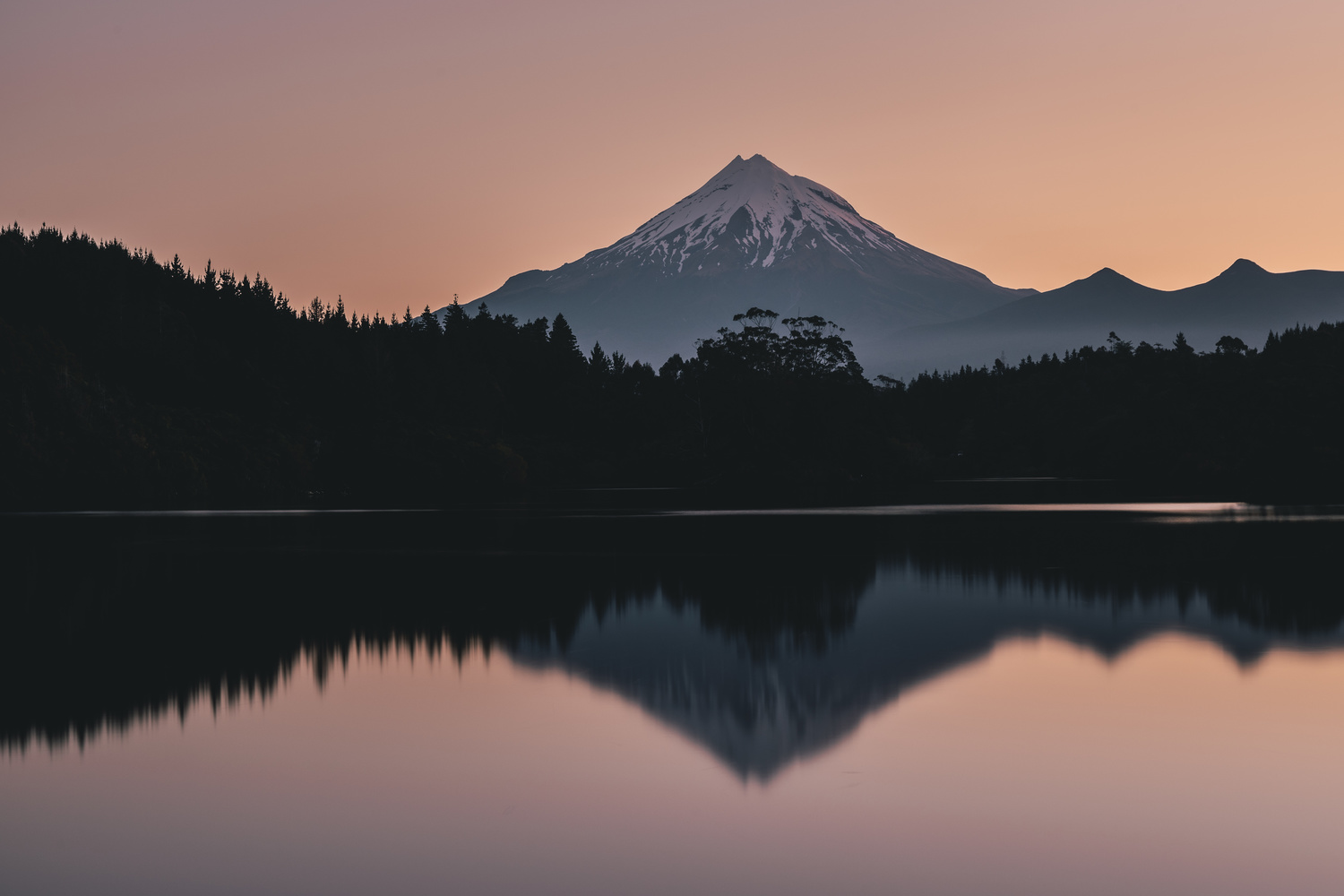 Mount Taranaki after the sun goes down by Ryan Hill