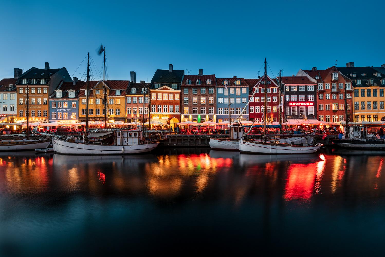 Copenaghen Nyhavn by Luca Cicchello