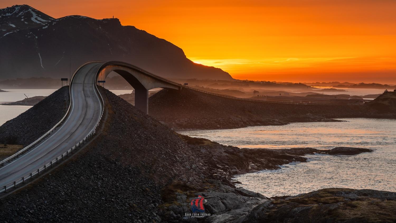 Sunset @ Atlantic Ocean Road, Norway by Roar Edvin Folland
