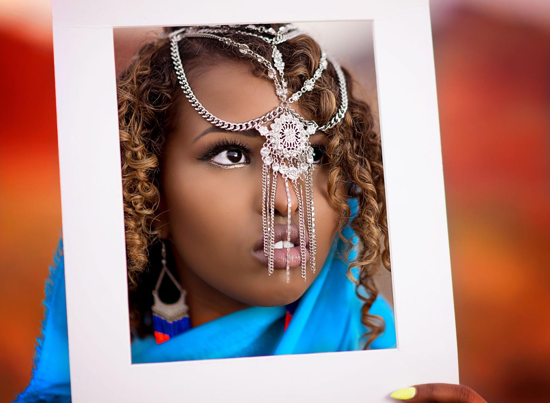Framed beauty by Saba Hatzimarkos