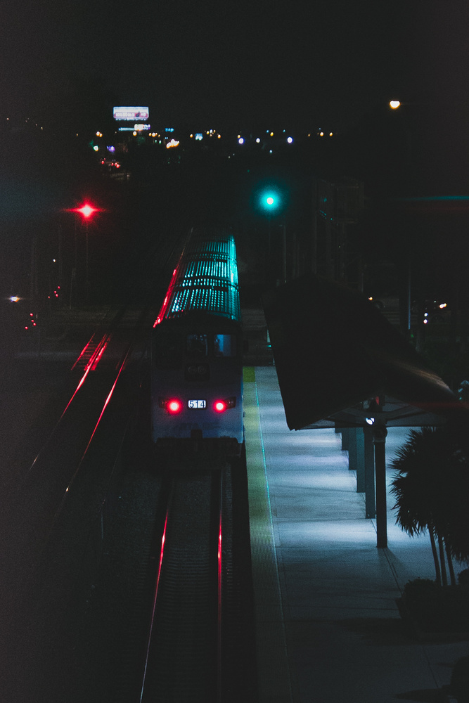 Tri-rail @ nite by Edison Castejon