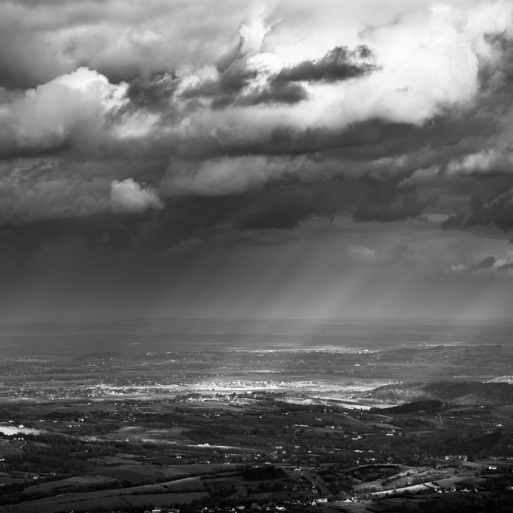 Raining light by Przemysław Telążka
