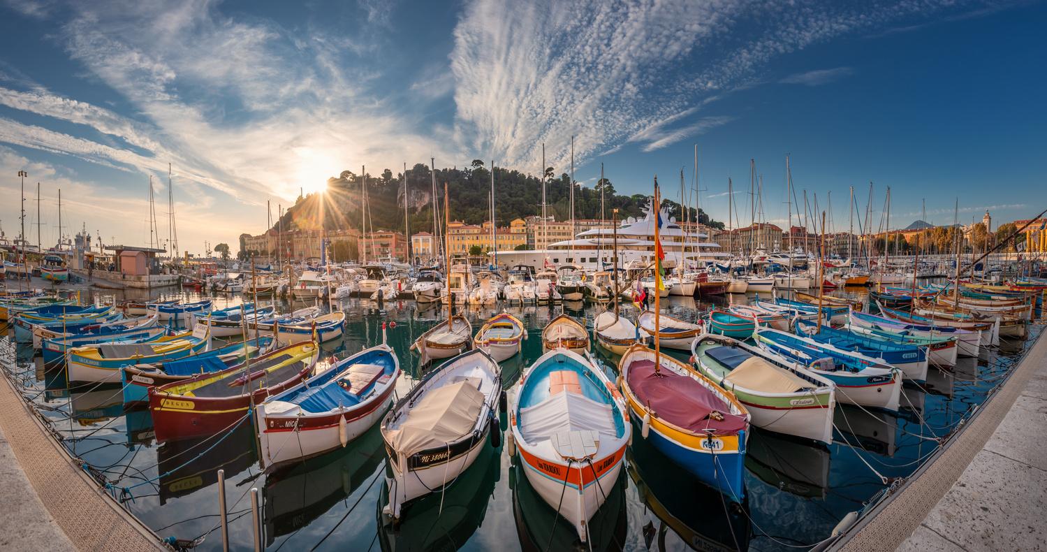 Port de Nice by Alex Lud