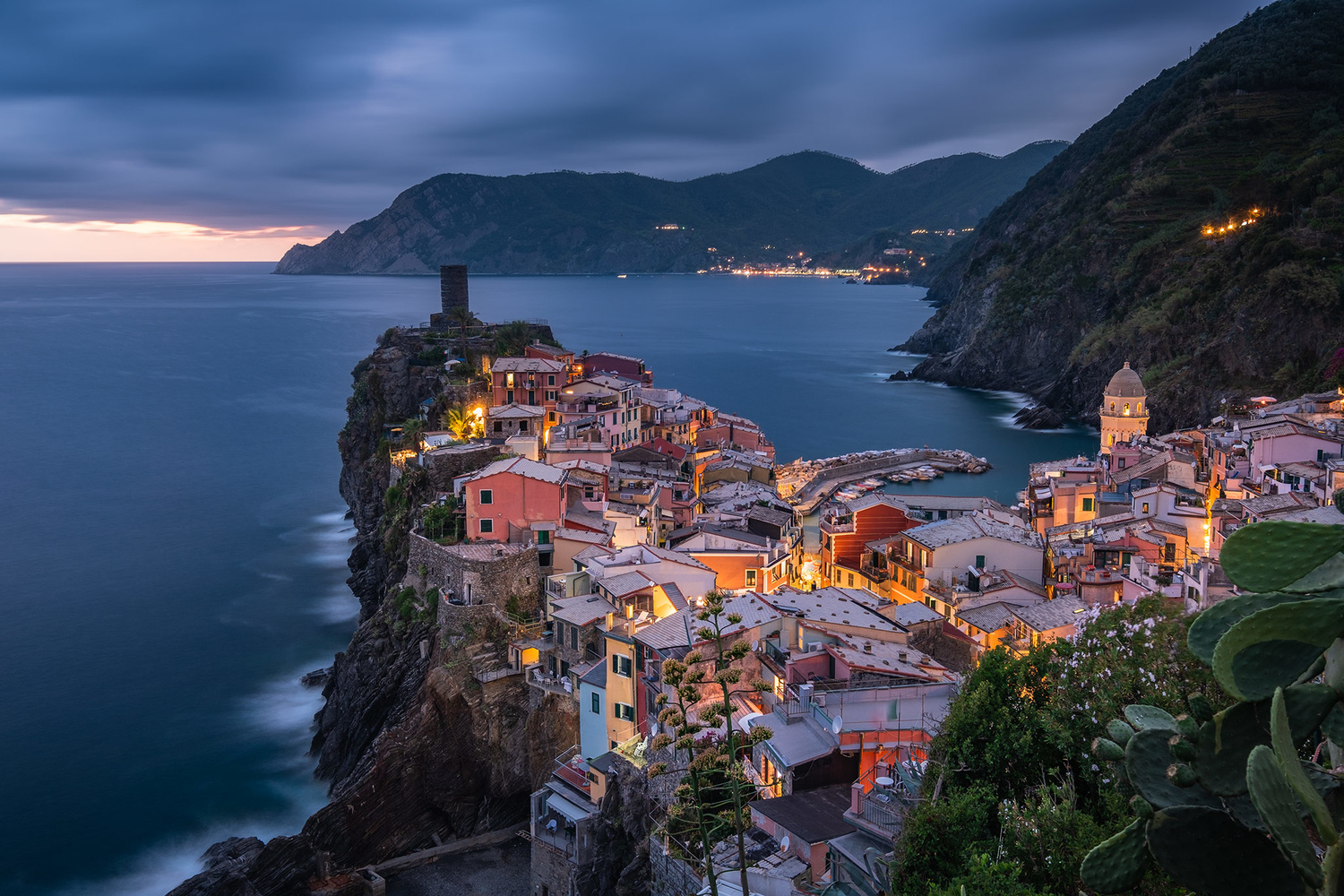 Another night in Vernazza by Anton Galitch
