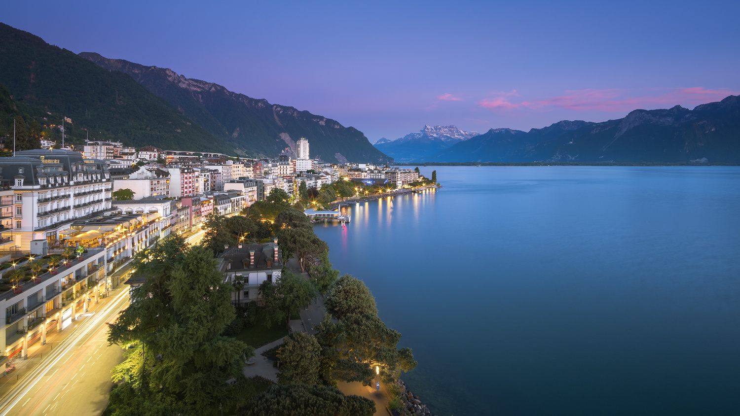 Montreux by Anton Galitch