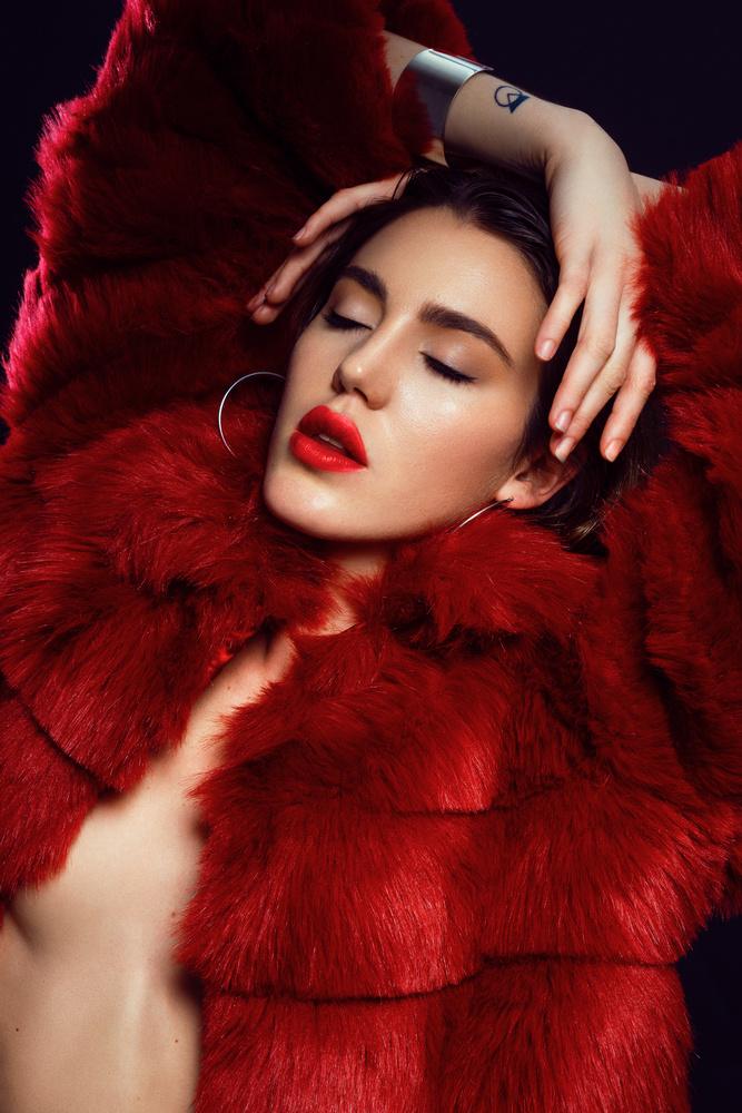 Dark Red by Bruno Gentile