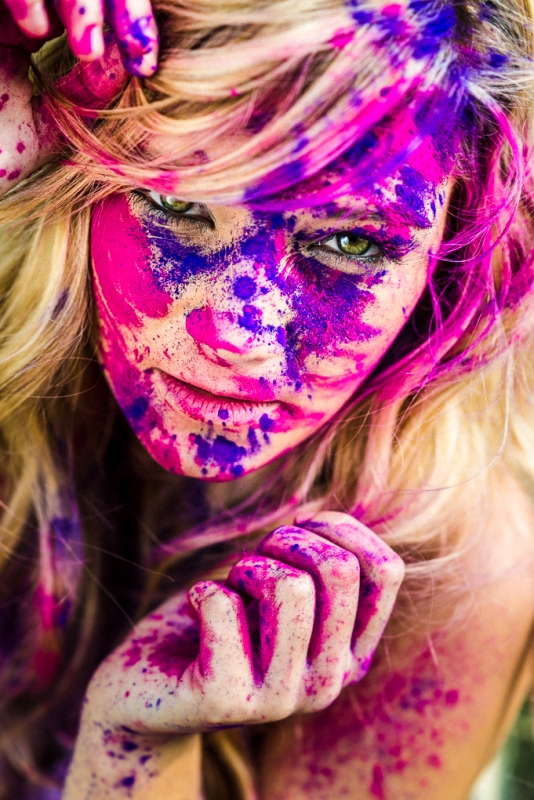 Holi face by fred lefeuvre