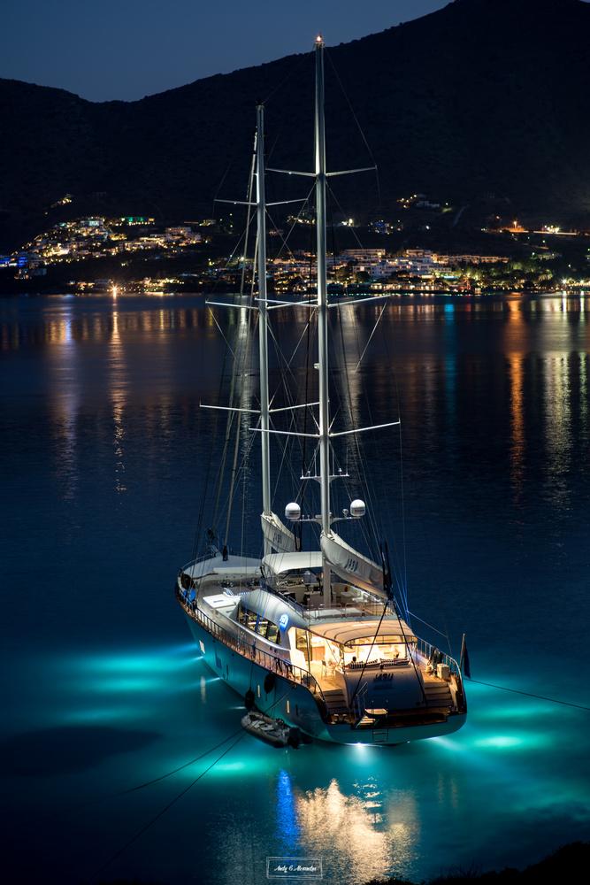 Luxury yacht by Ghita Alexandru
