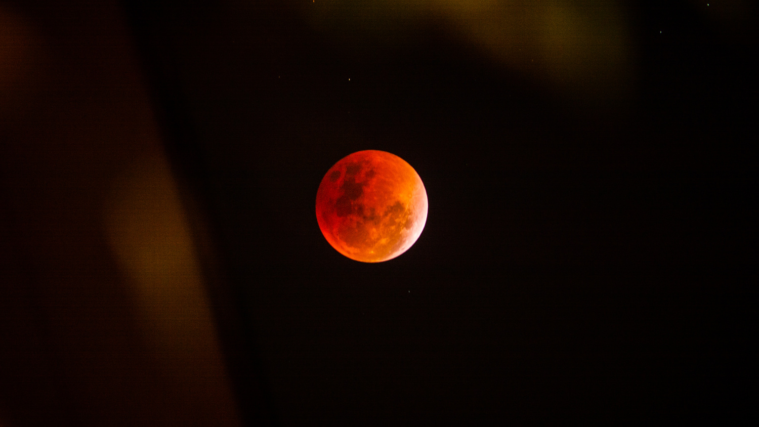 Super Blue Blood Red Moon by Rameses Mendoza