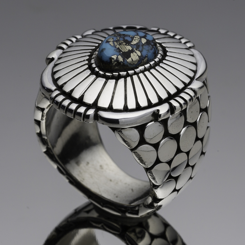 Size 7 Ring by James Terry