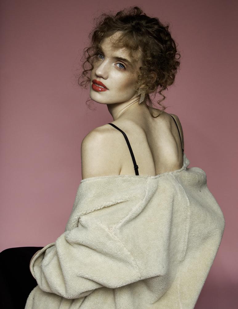 Silke 3 by Denice Lindeman