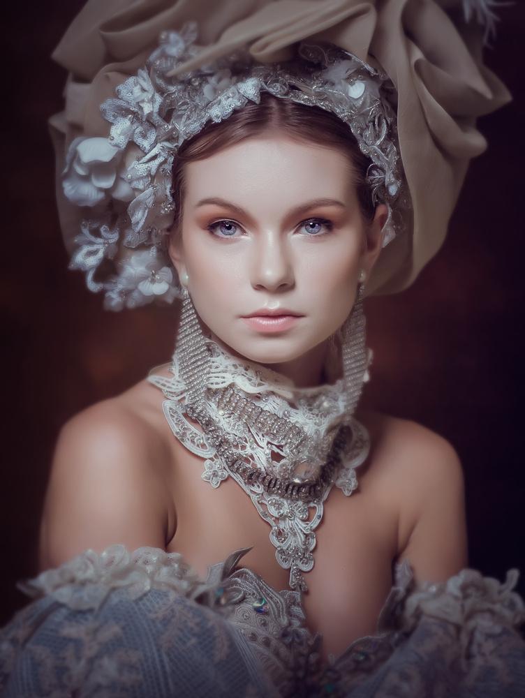 Victoria by Richard Gatmaitan