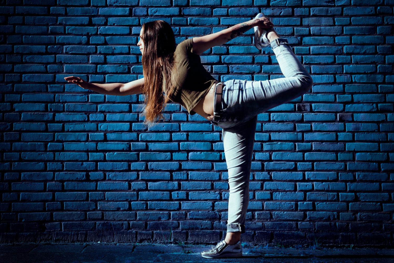 Celine striking a pose by Ymke Jansen