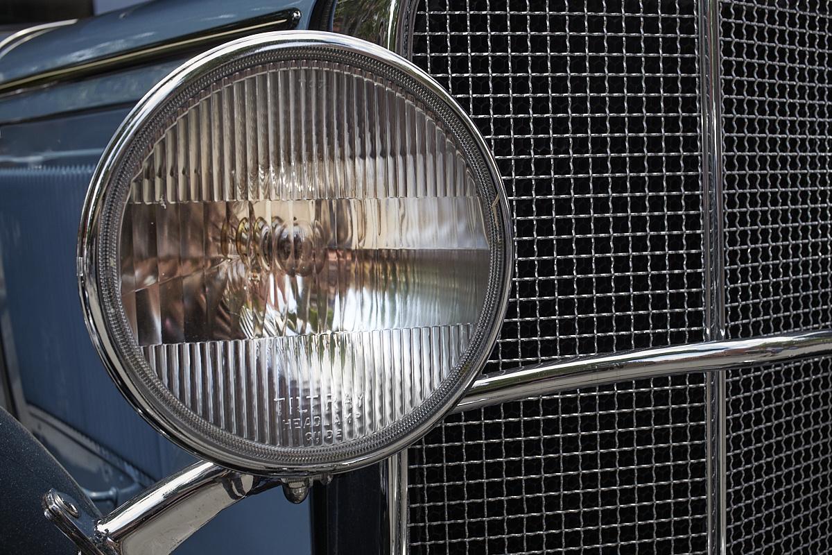 Headlight by Frank Davis
