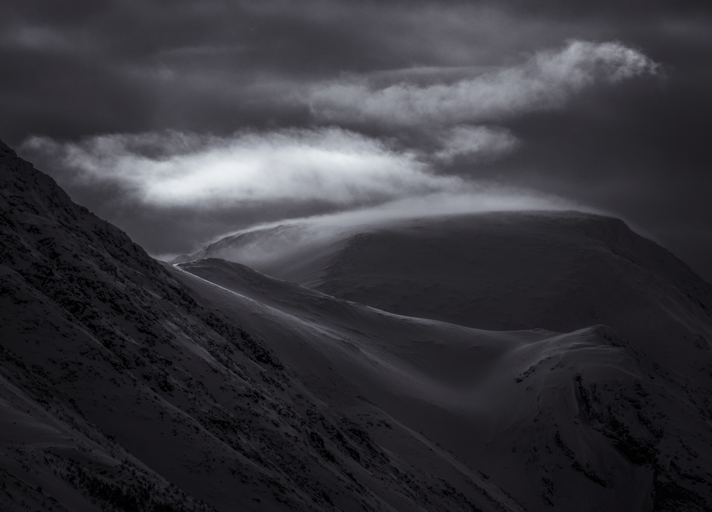 Norwegian Alps by Roger Kristiansen