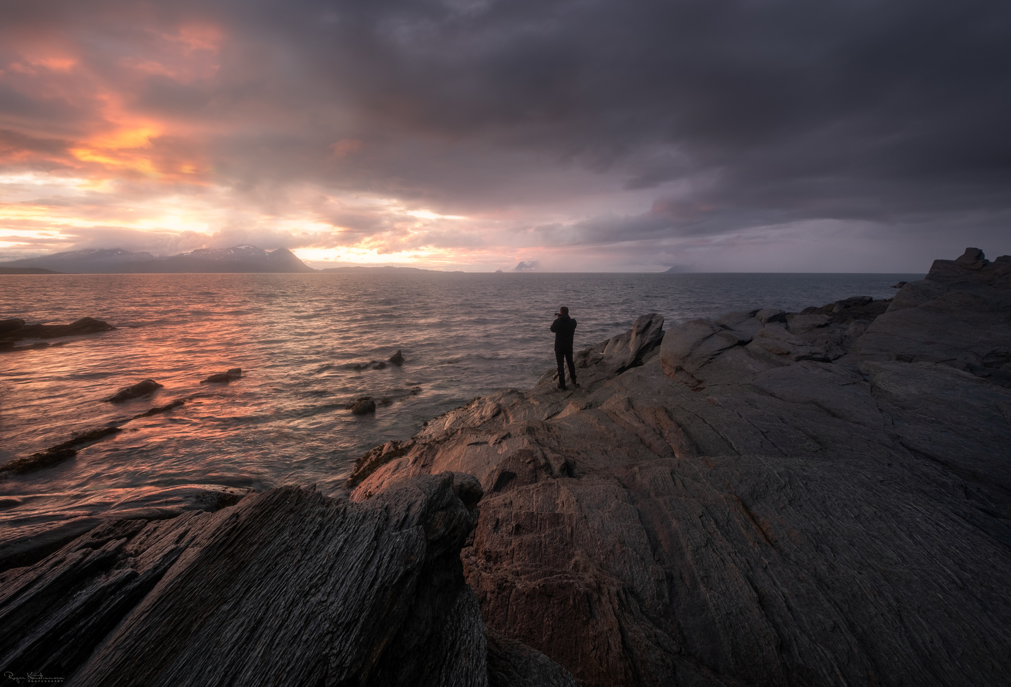 Sunset in the arctic by Roger Kristiansen