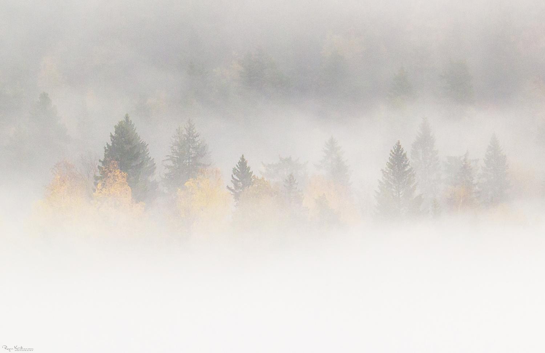Autumn brings a sence of calm... by Roger Kristiansen