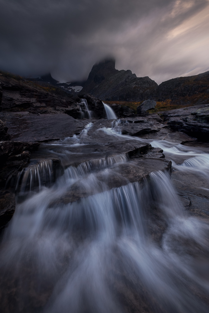 Autumn in the Norwegian mountains by Roger Kristiansen