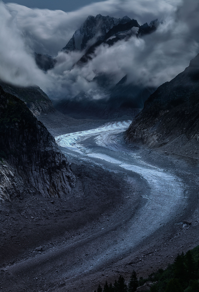Ice river (an other version, cloudy) by david huguet