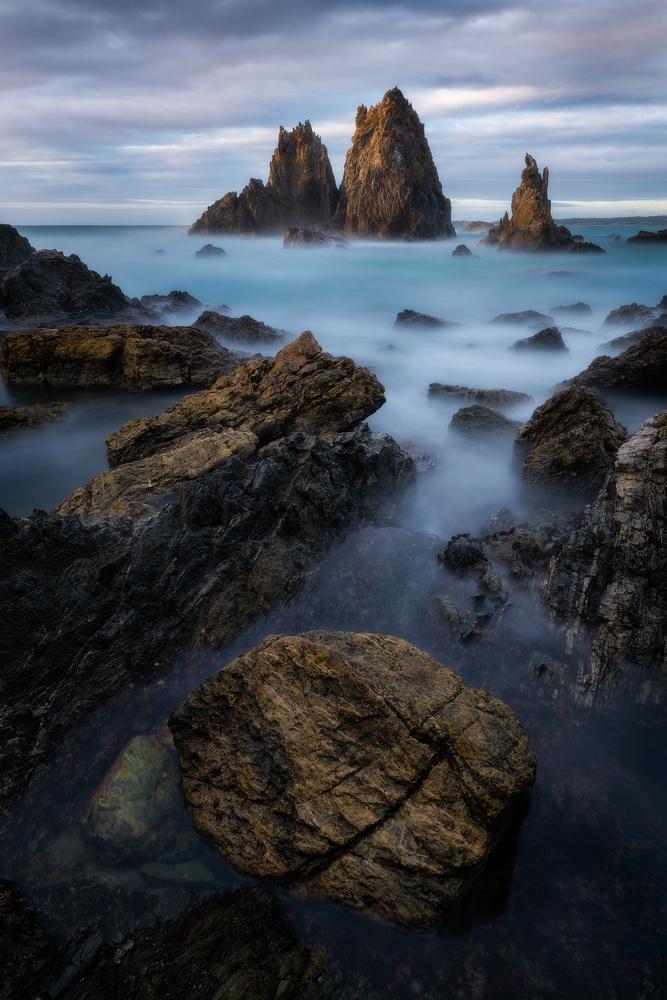 Camel Rock by Mark Phillips
