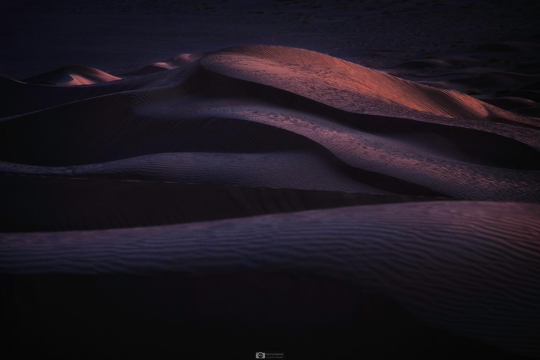 The dunes of Ras al Khali by Nejc Trpin