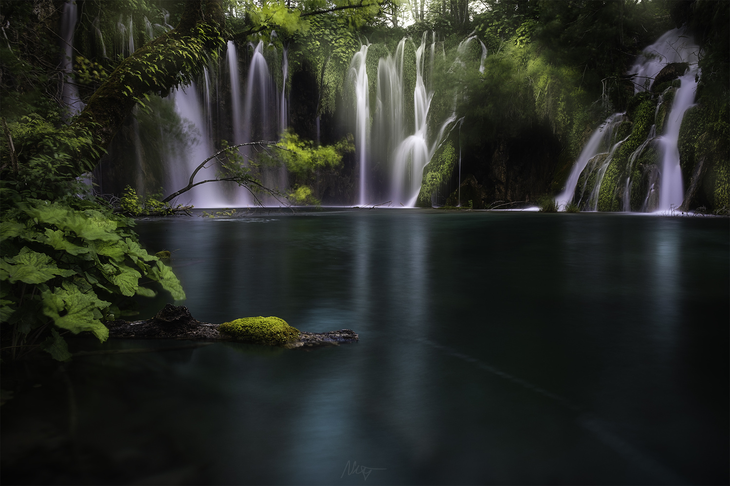 Enchanted waterfall by Nejc Trpin
