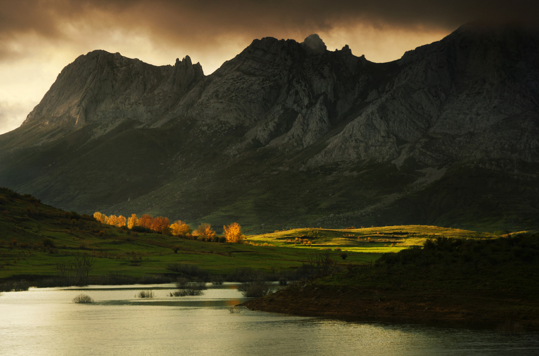 Autumn sunset by Ken Mitchell