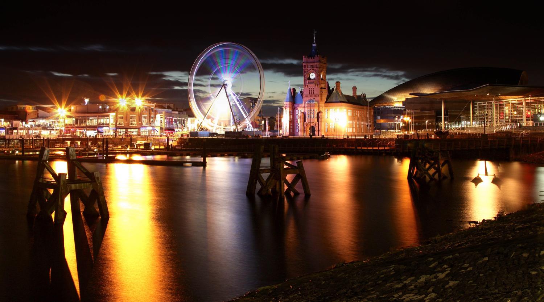 Cardiff Bay by Ed Hinton