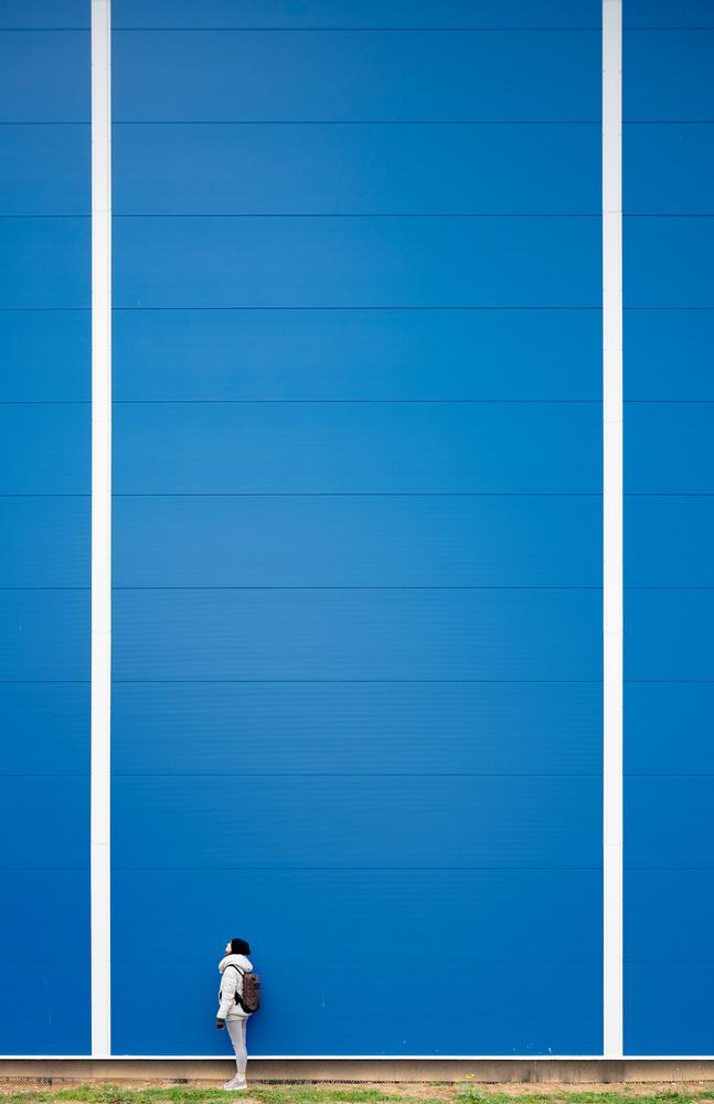 Between the lines by Vaidotas Darulis