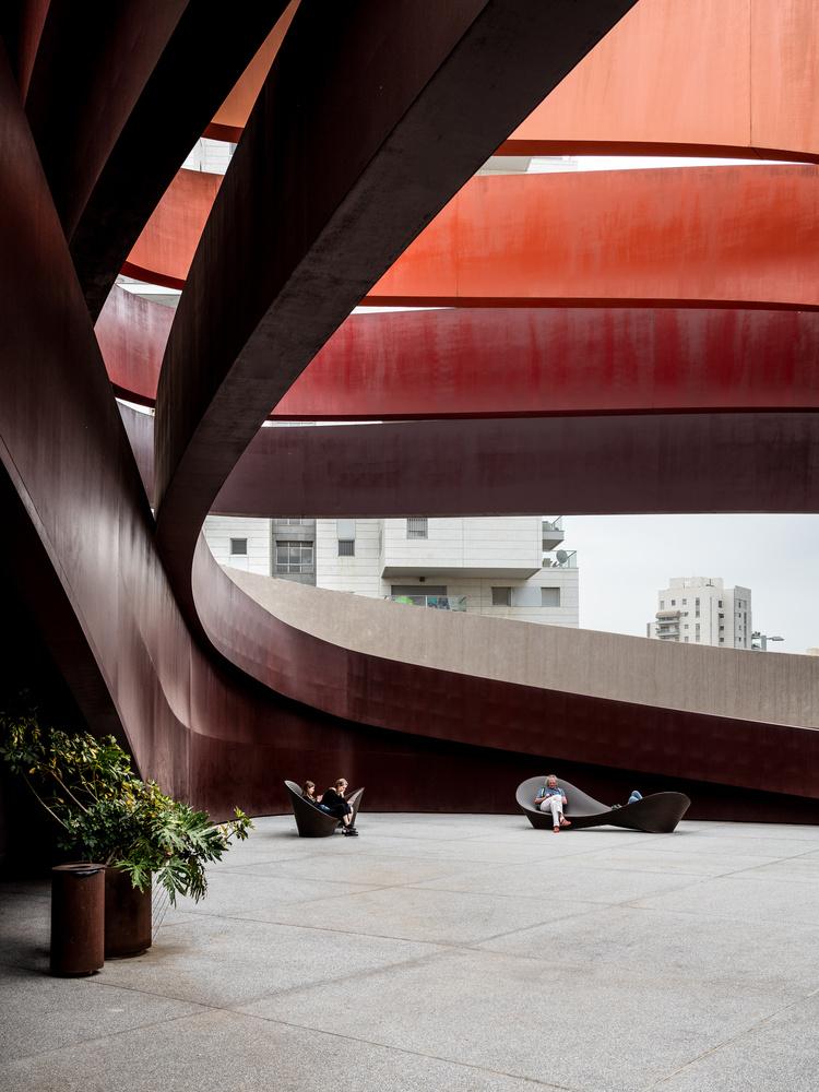 Holon Design Museum by Vaidotas Darulis