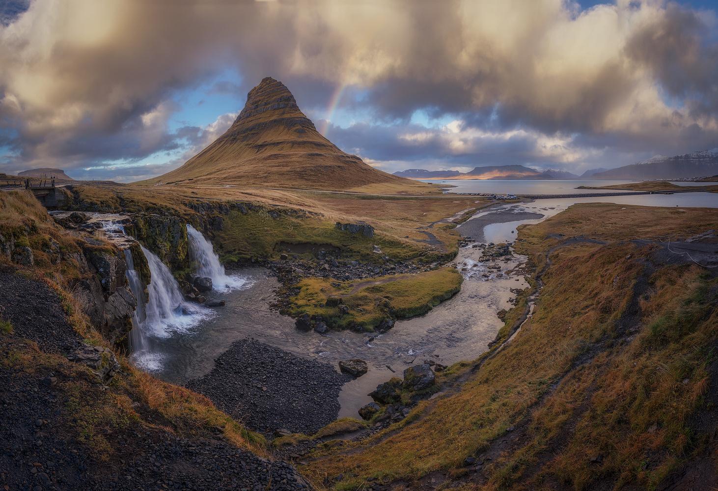 Rainbow on Iceland by Juan Romero Salamanca