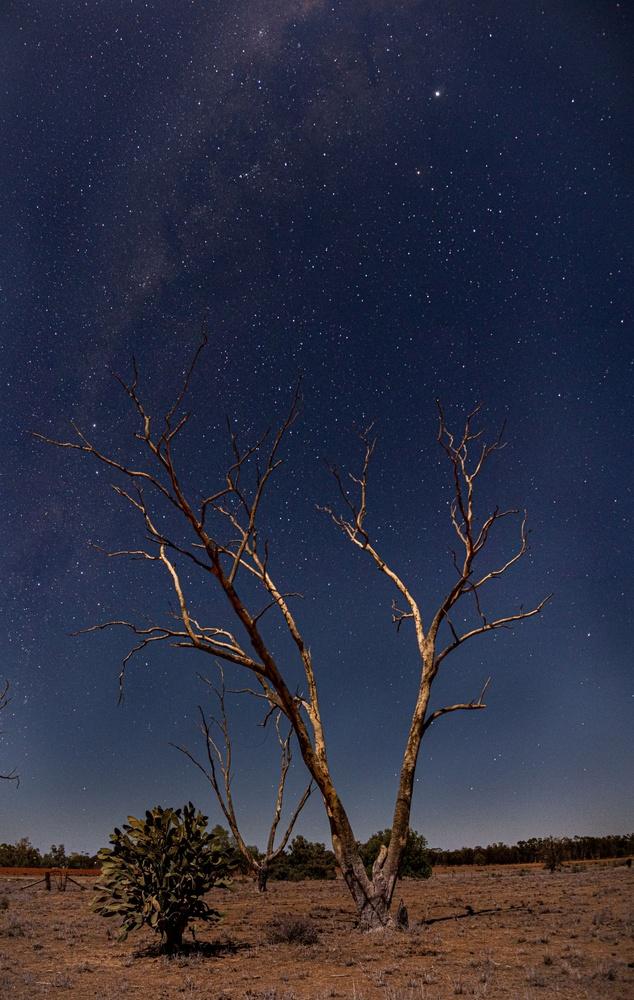Milky way by Jeremy Martignago