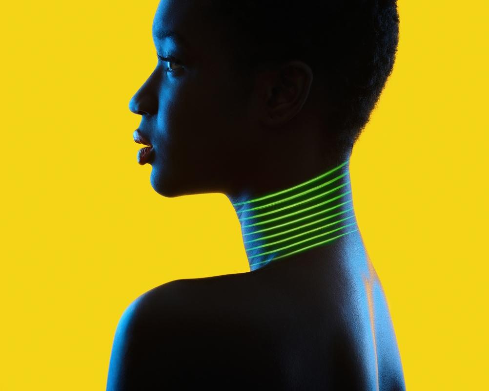 Lighting Collar by Ramon Vaquero