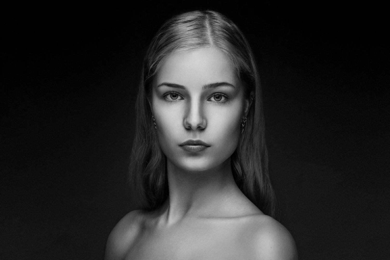 Uma's portrait by stephane rouxel