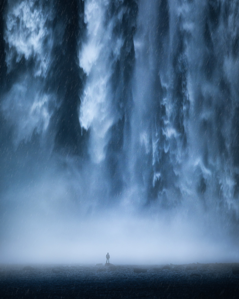 Facing the Giant by Fredrik Strømme